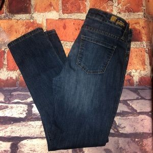 Kut from the Kloth straight leg jeans size 8